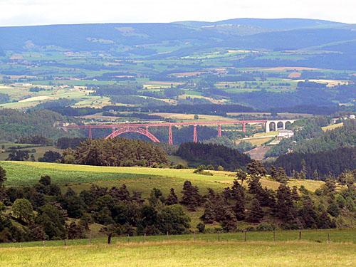 garabit vu d'Auvergne.jpg