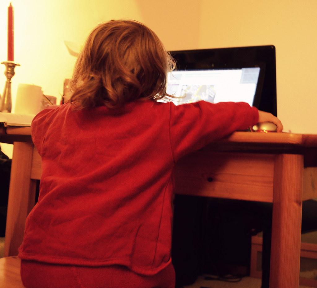 Mein Baby führt die Blog Qualitätskontrolle durch :D