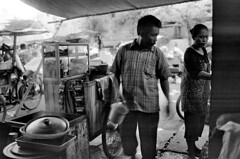 ... (anom tunjung) Tags: nikon market earlymorning jakarta 35mmfilm pasar fm2n selfdevelop nikkor35mmf2ai push400 sukapura legacypro100 indonesia2011