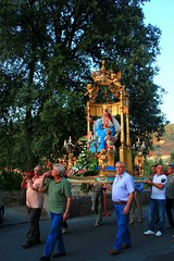 Vorno in processione (claudio.santucci) Tags: estate madonna agosto ferie falò ferragosto processione religione vorno tradizione festadellamadonna