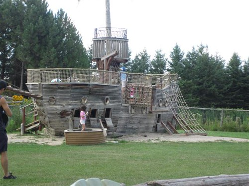Pirate play structure
