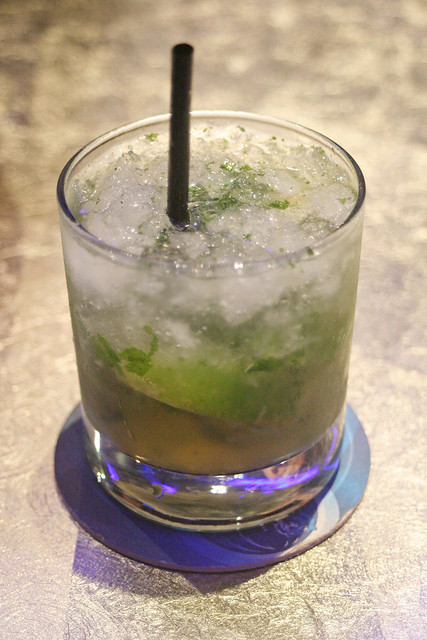 The Mojito is not bad - one of their classic 50'clocktails (separate menu)
