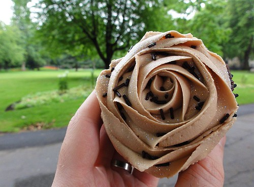 Chocolate rose cupcake