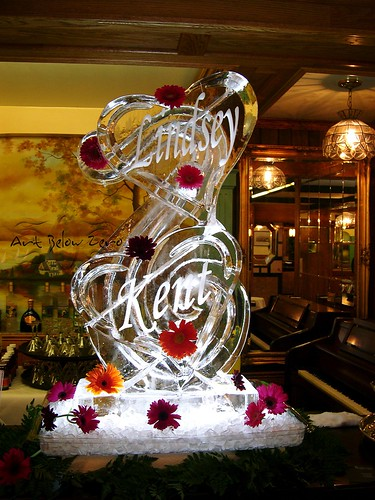 Double Hearts Luge w names ice sculpture