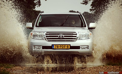 It's coming for you.. (Luuk van Kaathoven) Tags: puddle diesel toyota van emerging landcruiser v8 luuk autogetestnl luukvankaathovennl autogetest kaathoven