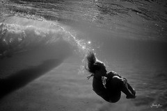 (SARA LEE) Tags: ocean sleeping bw test girl silhouette underwater ashley peaceful wave australia bubbles qld queensland seaworld breaking goldcoast ashleyf photoimaging sarahlee kobetich surfhousing vivantvie