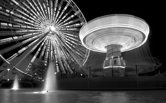 A Wild and Crazy Night (Out Of Chicago) Tags: longexposure blackandwhite chicago swings ferriswheel navypier waterfountain 1740mm chrissmith motionblure 5dmarkii siverefexpro outofchicago wwwoutofchicagocom