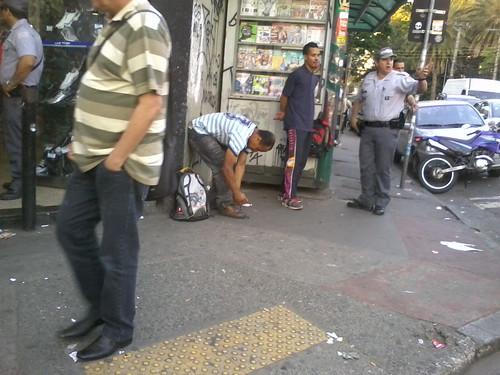 Tumulto no Tatuapé por um furador de fila by barretorodrigo