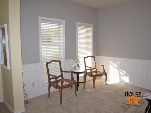 testing_black_white_curtains_piano_room_01