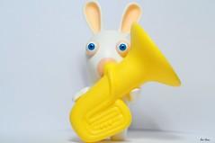 BWAAAAAH !!! (Bizzi House) Tags: rabbit studio 50mm mac nikon nintendo mini games donald nikkor tuba lapin vidéo jeux rayman rabbids crétin