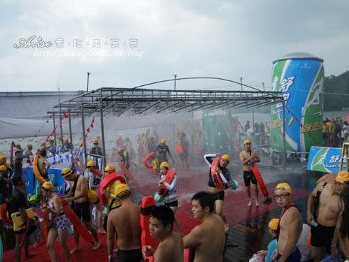 2011泳渡日月潭047.jpg