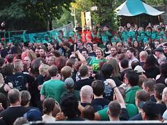 Impressionen Burg Folk 19-20 08 2011 02370 US (Uwe Grafik) Tags: festival team gothic event fans impressionen guest mitarbeiter publikum mittelalter gäste germanrock burgfolk