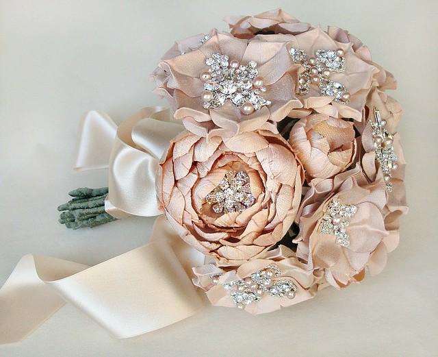 bouquetallblushlulyweb2