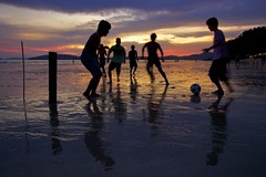 Low tide beach football... (ChR!s H@rR!0t) Tags: sunset sea sun beach thailand football dusk tide low krabi aonang mygearandme mygearandmepremium mygearandmebronze