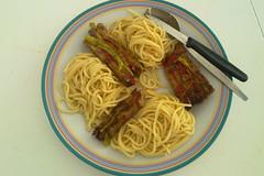 11. September 2011 16:43 Spaghetti  la MrHansAlfred (MrHansAlfred) Tags: chili pentagram mikado grillade
