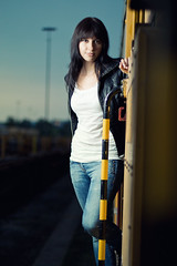 Patzi (STEFFEN EGLY) Tags: blue portrait woman girl leather fashion yellow train canon dark 50mm shoot bahnhof trainstation shooting brunette frau freiburg blitz softbox strobe 500d lederjacke primelens gterbahnhof strobist yongnuo yn560