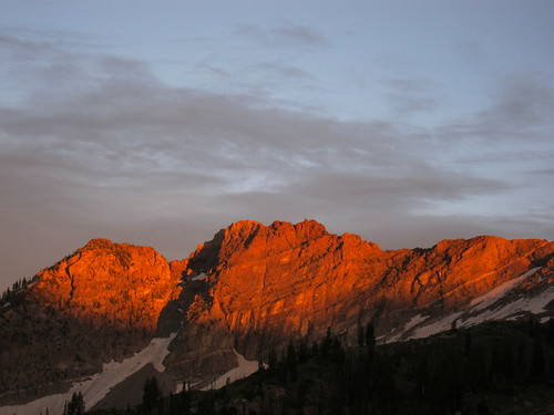 Alpenglow over Devil's Castle