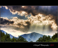 Enlighten you with immense - HDR - Domiplan 50mm f2,8 m42 (Margall photography) Tags: sun mountains sunshine clouds photography 50mm ray m42 marco rays monterosso f28 grana domiplan galletto margall