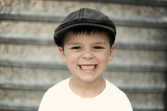 [Free Image] People, Children, Boys, Laugh / Smile, Hat / Cap, 201108160700