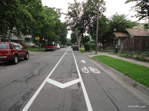 1st-Avenue-Bike-Lane-Parking-1