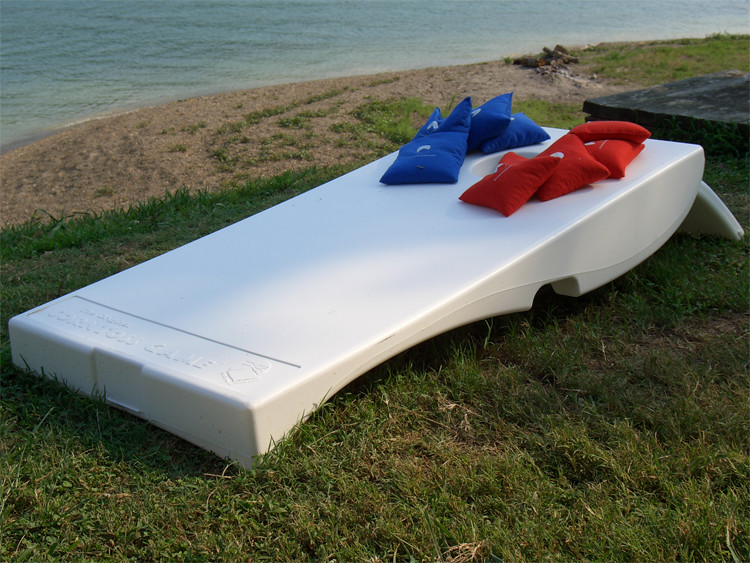 White Plastic Cornhole Set