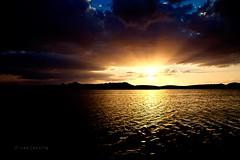 Puesta de Sol en Petrola (Jose Casielles) Tags: color luz sol cielo nubes puestadesol laguna sal montañas yecla petrola fotografíasjcasielles