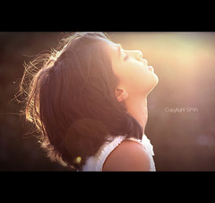 (SMA) Tags: lighting sunset sun girl canon lens hope outdoor dream today 100macro shiyn canon550d
