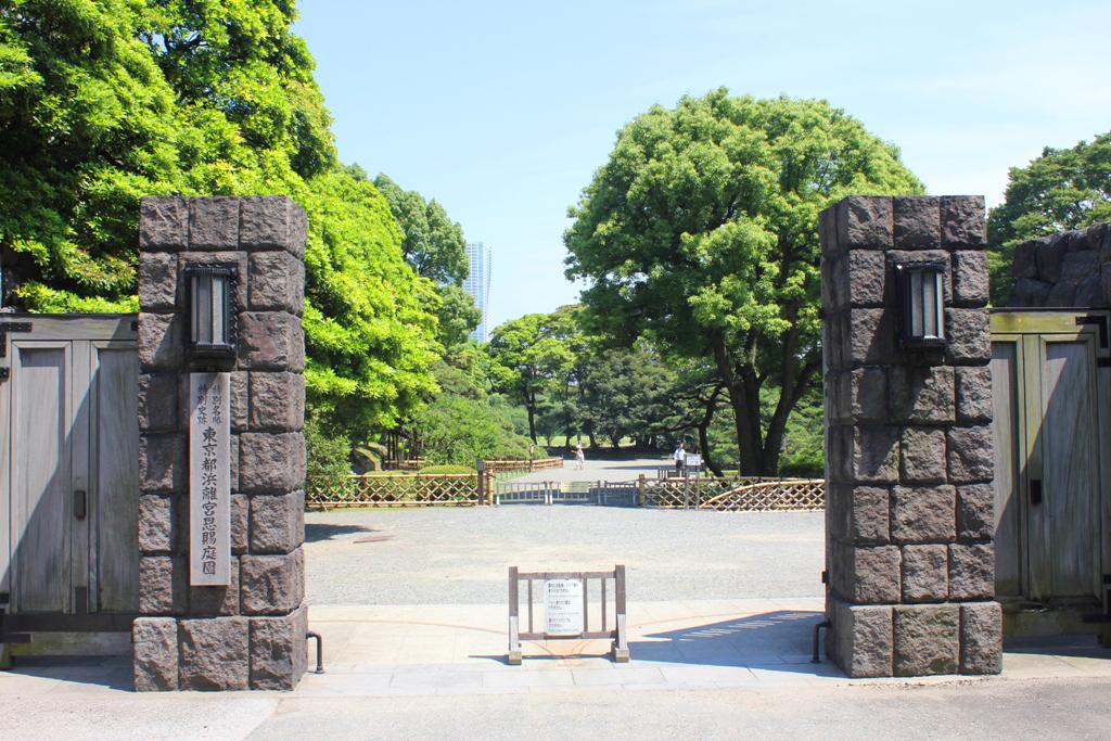 A walking guide of Hamamatsucho  (10)