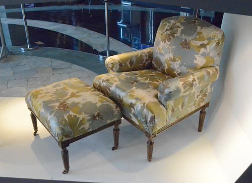 Kensington Harrow Chair, Ottoman