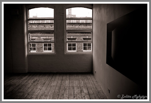 Empty space by xxx zos xxx