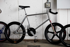 11-08-28D167 (motoyan) Tags: bike bmx mongoose fisco  moosegoose kaikado