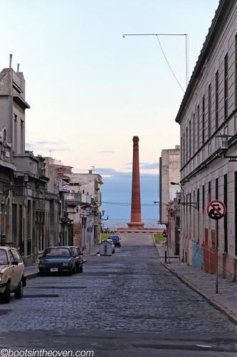 Obelisk on the Water in Ciudad Vieja