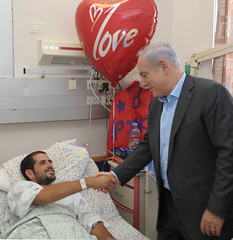 PM Netanyahu visits wounded soldiers at Soroka Hospital, 19.8.11 (Prime Minister of Israel) Tags: israel pm  israeli  netanyahu
