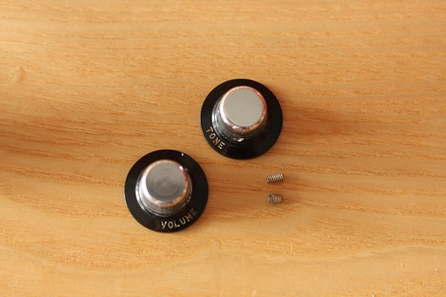 Yamaha SG-2 Knobs and set screws