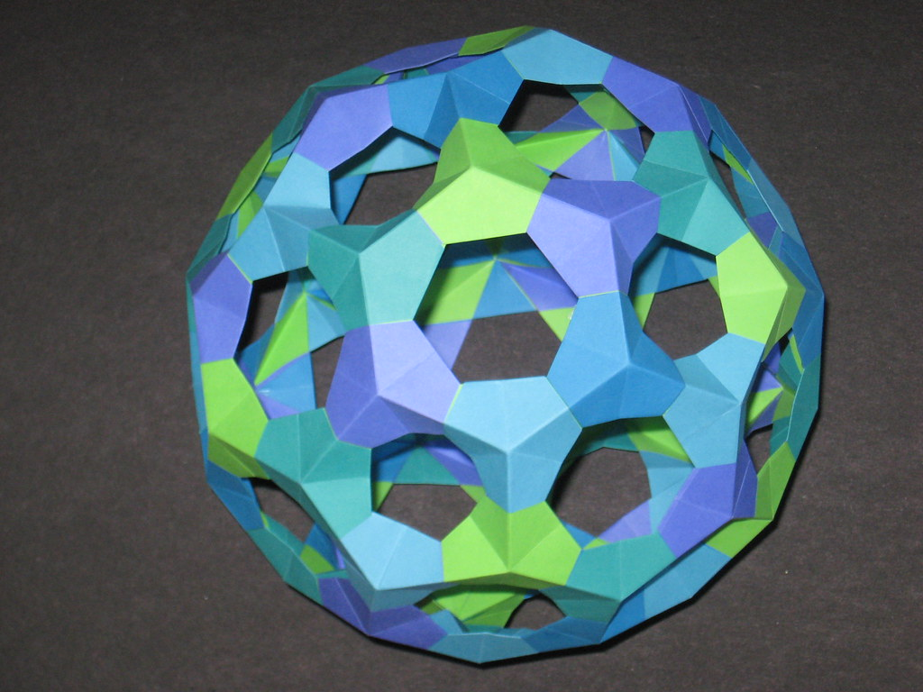 The worlds best photos of icosahedron and truncatedicosahedron truncated icosahedron 2 servesmasher tags paper origami modular icosahedron dodecahedron polyhedron polyhedra truncated jeuxipadfo Gallery