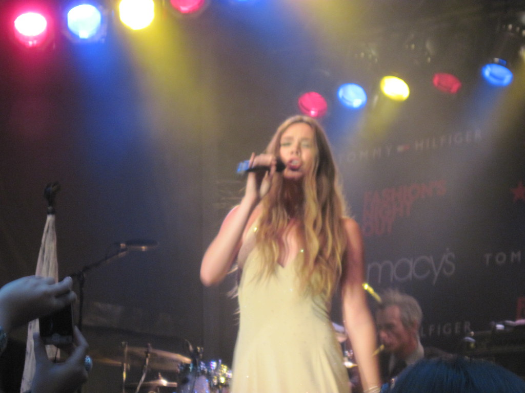 Grammy award-winning performer Joss Stone performing for Fashion's Night Out 2011