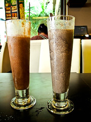 IMG_2515 Left : Chocolate ice-cream milk shake . Right : Black orea biscuits with milk