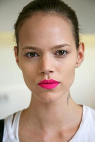 Freja_pink_lip