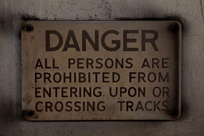 Red Line Warning