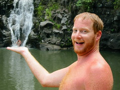 together tuesday - a helping hand (redjoe) Tags: giant beard hawaii ginger waterfall oahu redjoe joehorvath