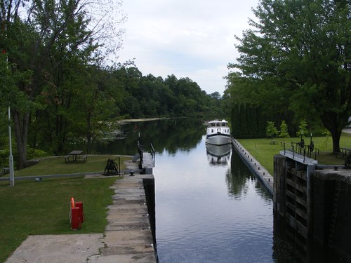 FLUKE at the lower dock of Upper Brewers