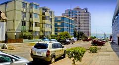 Antofagasta - Calle Antonio Poupin Vehículos (Victorddt) Tags: chile calle sonycybershot antofagasta vehículos antoniopoupin