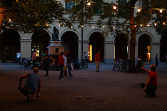 playing boule (NastyNinja) Tags: park street trees light woman playing man france tree men monument statue metal bulb forest canon ball germany garden munich mnchen french bayern deutschland bavaria photography evening woods women gate afternoon eli random mark guys dos ii baguette 5d late lantern boule hofgarten nastyninja