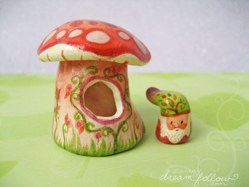 tiny NŌM mushroom house