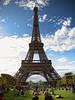 France Paris Picnic under the Eiffel Tower, August 2011 (Smo_Q) Tags: paris france eiffeltower latoureiffel 艾菲爾鐵塔 paryż 巴黎 パリ francja tallestbuildings париж wieżaeiffla theironlady ladamedefer э́йфелеваба́шня deeiffelturm