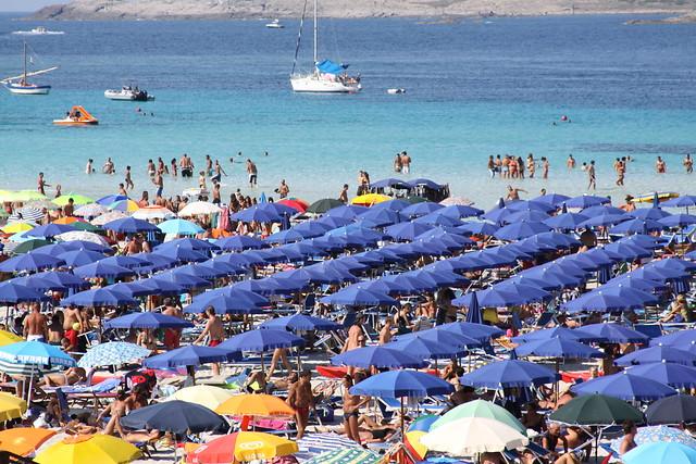 Crowded Pelosa Beach