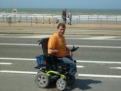 S6300289 (ampulove.net) Tags: above alex belgium wheelchair knee left amputee legless mariakerke
