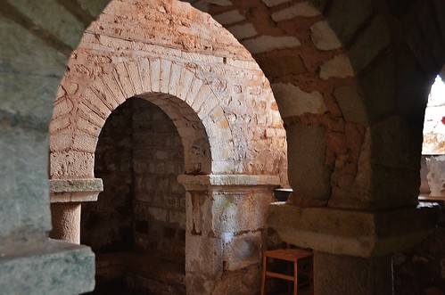 St-Désiré (Allier), la crypte