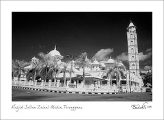 white-mosque-terengganu (budakli) Tags: wedding art film nature painting print square paint foto image outdoor album 28mm picture swap malaysia frame works infrared service editing batavia f56 job 130 gambar nikonf3 lanscape terengganu kahwin perkahwinan humaninterest filem hoyar72 stome custome azli gnd8 pulseir fulsecolour ilfordsfx200bwfilm scanepsonv700budakli