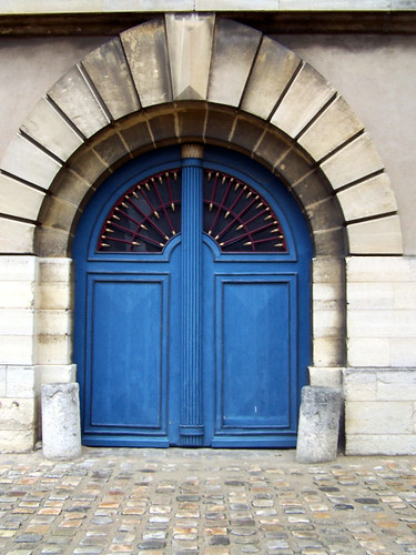 Blue Door in Paris - Château de Vincennes
